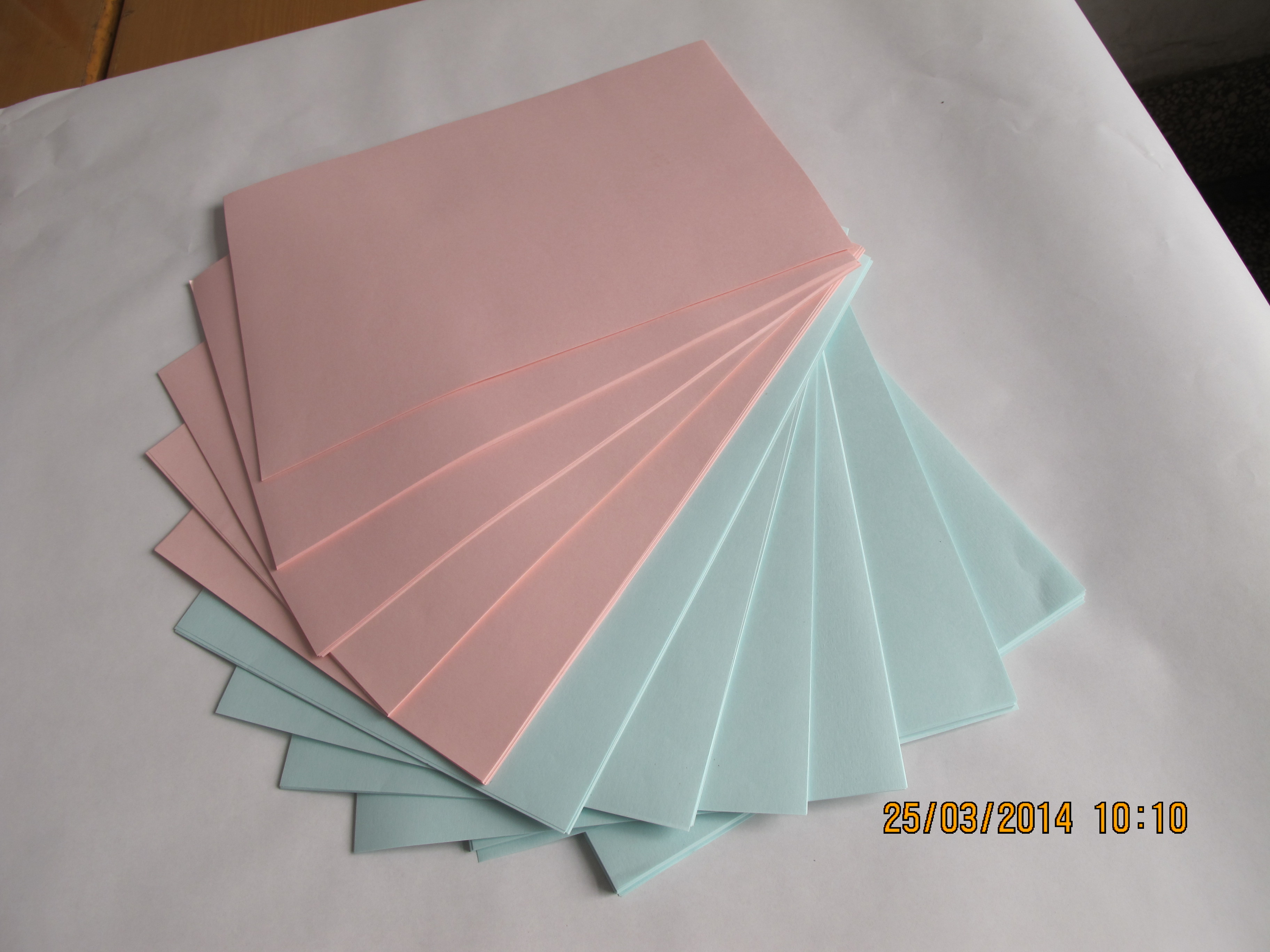 彩色双胶纸